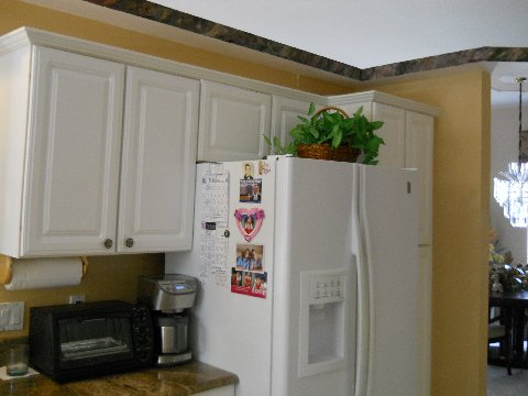 Cabinets before refacing by Kitchen Facelifts