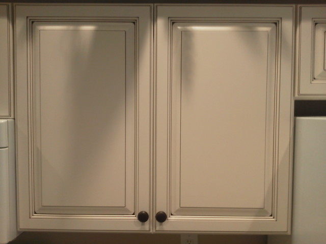 Kitchen cabinet refacing performed by Kitchen Facelifts
