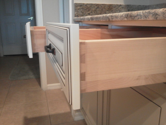 Kitchen Facelifts drawer refacing