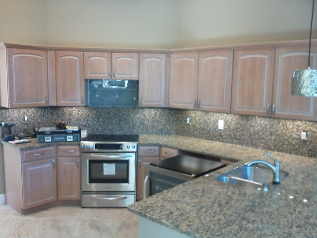 Kitchen cabinets before Kitchen Facelifts refacing
