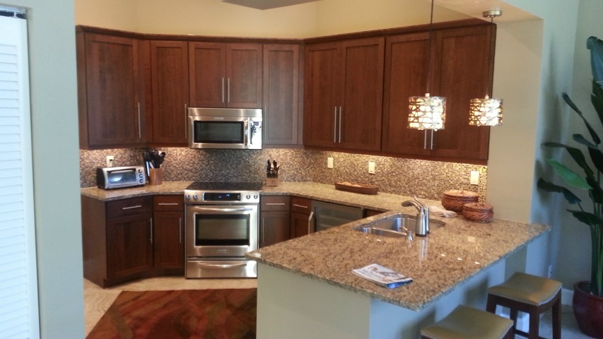 kitchen cabinet refacing pictures before after roselawnlutheran. Black Bedroom Furniture Sets. Home Design Ideas