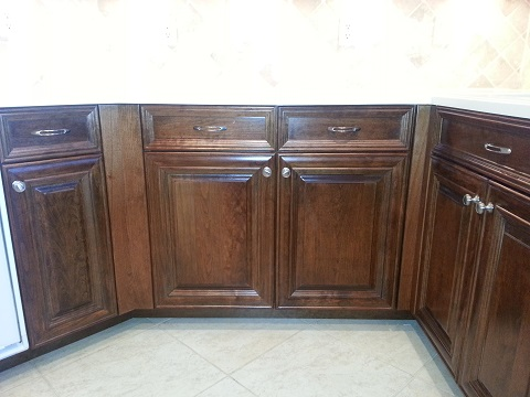 Under counter cabinets refaced by Kitchen Facelifts in Southwest Florida to give them an updated look